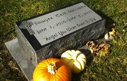 Creative Seasonal And Personal Ways To Decorate Headstones