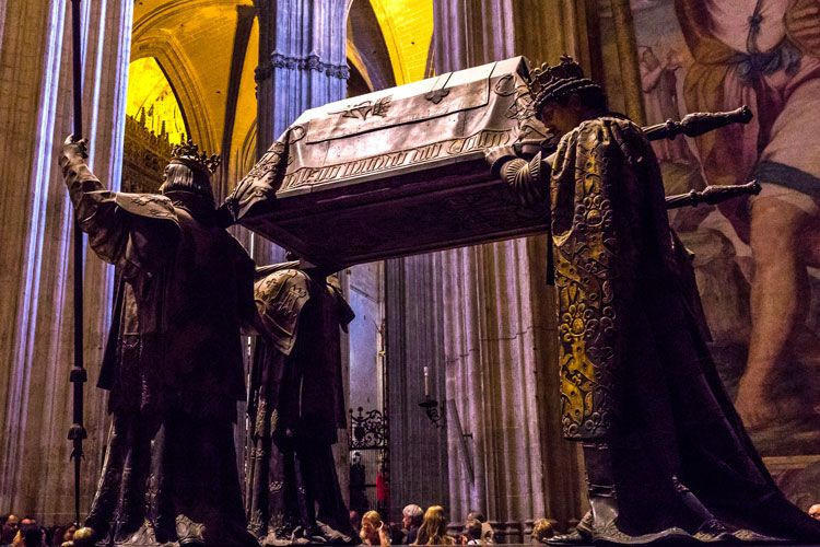 christopher columbus tomb in seville cathedral spain