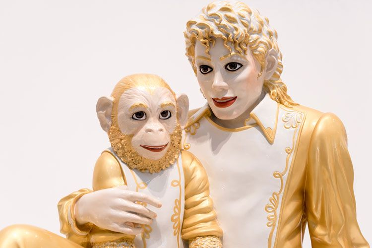 michael jackson and bubbles sculpture