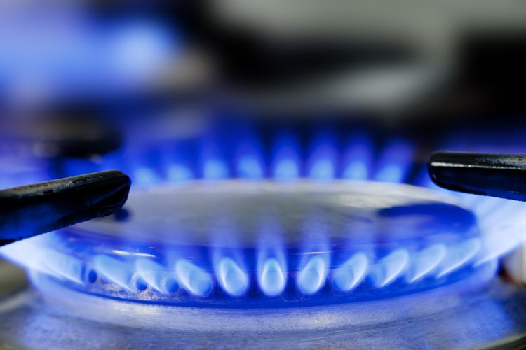 blue flame from natural gas stove