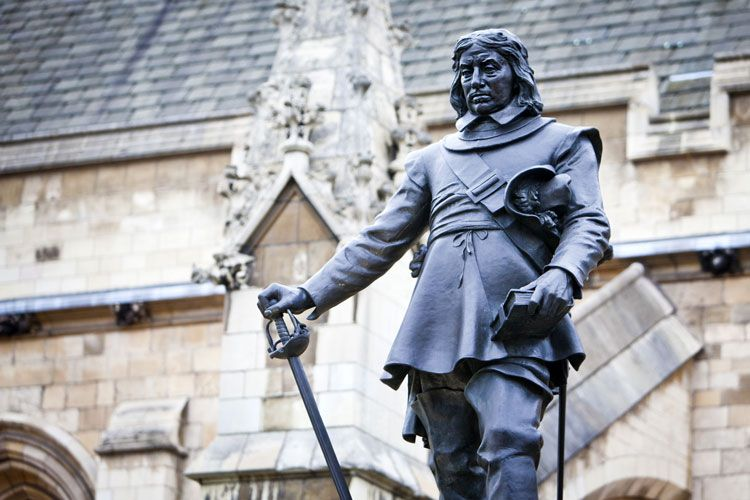 oliver cromwell in westminster london uk