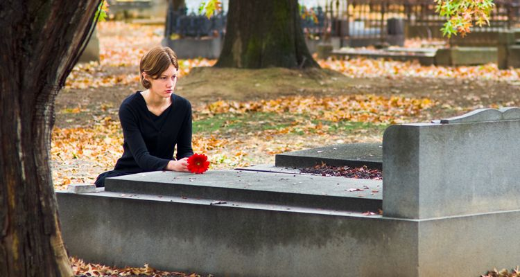 Is there a free web site that will help you find deceased relative info?