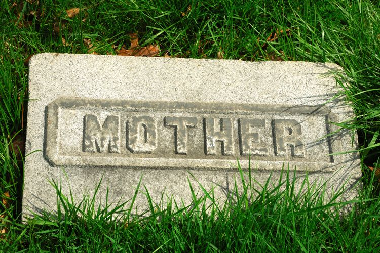 Eulogy For My Mother | Everplans