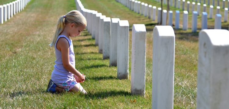 should you bring children to a funeral or memorial service