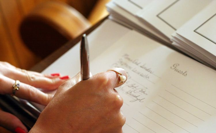 How To Sign The Guestbook At A Funeral Or Memorial Service