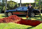 Rich Guy Buries Million Dollar Bentley To Prove Point
